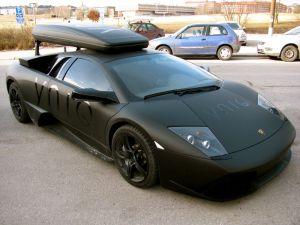 Lamborghini med takbox